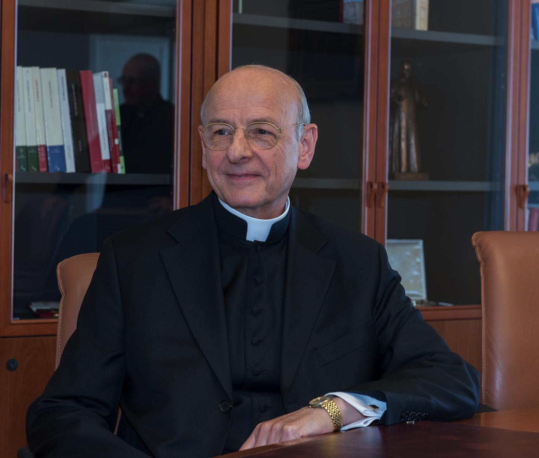 A ltima hora de la tarde del 23 de enero el papa francisco ha nombrado prelado del opus dei a mons fernando oc riz bra a el santo padre ha confirmado la
